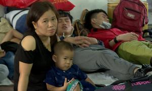 Tàu trật bánh ở Bình Thuận, hành khách vạ vật tại Ga Sài Gòn