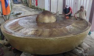 Nghệ nhân Quảng Nam làm chiêng đồng khổng lồ