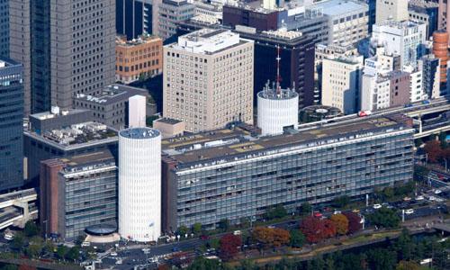 Trụ sở của tờ Mainichi tại Tokyo, Nhật Bản, một trong những nơi nhận thư tống tiền bị nghi chứa độc. Ảnh: Asahi.