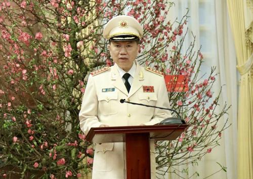 Bộ trưởng Công an phát biểu sau khi được thăng quân hàm Đại tướng. Ảnh: Đức Anh