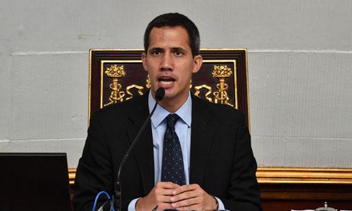 Lãnh đạo phe đối lập Juan Guaido, người tự nhận là tổng thống lâm thời Venezuela. Ảnh: AP.
