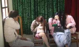 25 nam, nữ thanh niên bay lắc trong tiệc ma túy