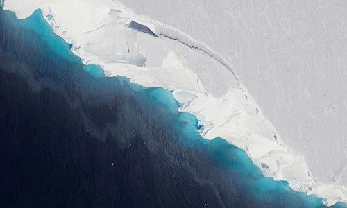 Sông băng Thwaites có kich thước tương đương bang Florida, Mỹ. Ảnh: NASA.