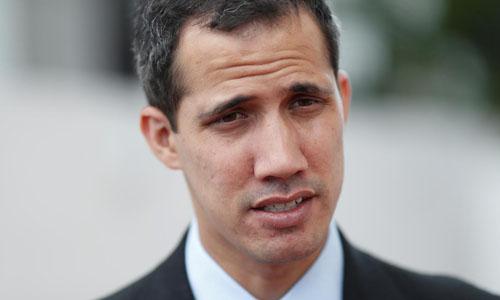 Chủ tịch Quốc hội Venezuela Juan Guaido trong cuộc phỏng vấn tại thủ đô Caracas hôm 31/1. Ảnh: Reuters.