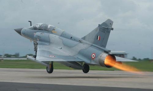 Một tiêm kích Mirage 2000 của Ấn Độ. Ảnh: Flight Global.