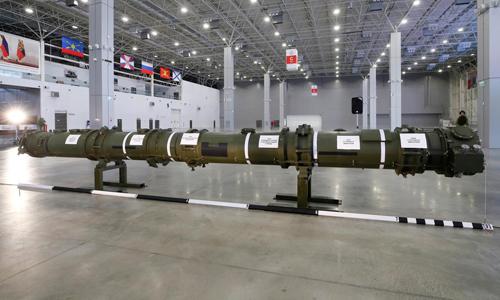 Mẫutên lửa hành trình9M729 của Nga trưng bày tại một trung tâm triển lãm ở Moskva hôm 23/1. Ảnh: Reuters.
