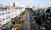 Đường hoa dài gần 2km ở Sài Gòn nhộn nhịp ngày giáp Tết