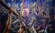 Người Singapore chen lấn thắp hương cầu may đầu năm Kỷ Hợi