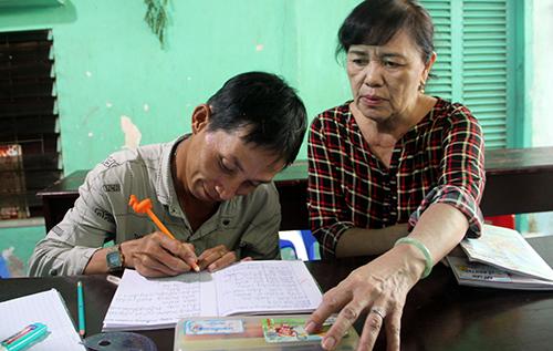 Học trò Nguyễn Long Toàn (31 tuổi). Ảnh: Cửu Long