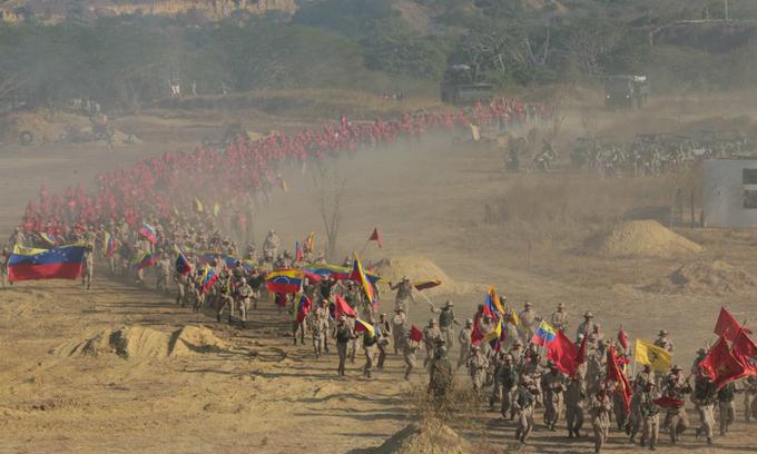 Lính Venezuela dàn đội hình trong cuộc tập trận lớn nhất lịch sử