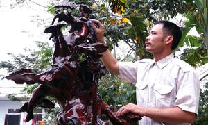 Bộ tam đa gỗ hương 4 tỷ đồng của thợ mộc Thanh Hóa