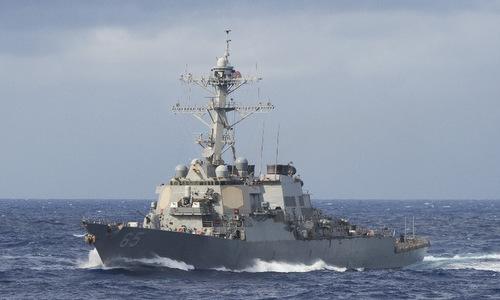 Tàu khu trục Mỹ hoạt động trên Biển Đông hồi cuối năm 2018. Ảnh: US Navy.
