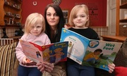 Bà mẹ Anh cho hai con nghỉ học vì bị bắt nạt ở trường