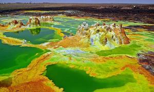 Phát hiện vi khuẩn sống được ở hồ axit