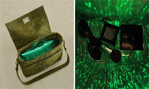 Túi xách phát sáng FABRIKK Vela giúp người dùng tìm đồ dễ dàng hơn. Ảnh: Design Boom.