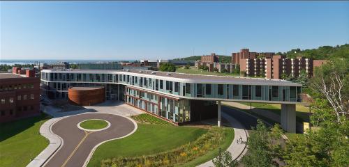 Hội thảo học bổng 85% từ 8 trường đại học, cao đẳng hàng đầu Mỹ và Canada - 1