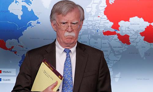 Cố vấn An ninh Mỹ John Bolton tại cuộc họp công bố lệnh trừng phạt mới nhằm vào Venezuela hôm 28/1. Ảnh: Reuters.