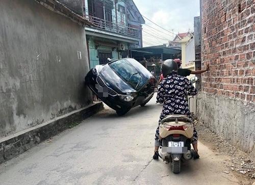 Khi Ninja lái ôtô.
