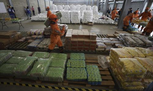 Hàng viện trợ của Mỹ được tập kết tại Colombia. Ảnh: AFP.