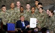 Quân đội Mỹ giúp Trump xây tường ngăn biên giới thế nào?