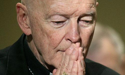 Cựu hồng y Theodore McCarrick năm 2011. Ảnh: AP.