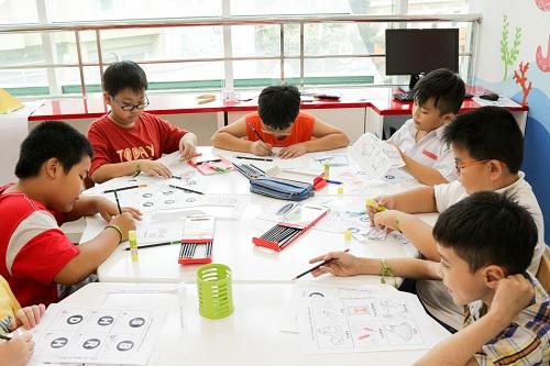 Một số hoạt động của trẻ tại YOLA Hoàng Việt.
