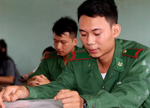 Các trường quân đội tuyển sinh dựa trên 7 tổ hợp xét tuyển. Ảnh: Đức Hùng