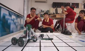 Lớp học lập trình robot ở Sài Gòn