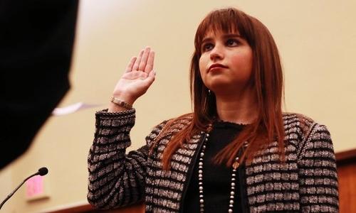 Haley Moss tại lễ tuyên thệ vào luật sư đoàn. Ảnh: Dylan Jackson/ALM.