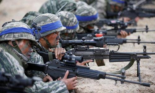 Binh sĩ Hàn Quốc trong một cuộc tập trận Đại bàng Non với Mỹ. Ảnh: Reuters.
