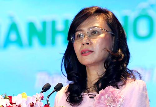 Phó chủ tịch UBND TP HCM Nguyễn Thị Thu trong lễ bế mạc Đại học TDTT TP HCM tháng 8/2018. Ảnh: Dư Hải.