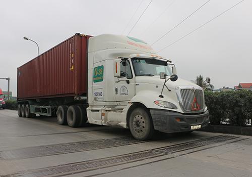 Hệ thống cân tự động khi xe dừng hoặc di chuyển. Ảnh: Anh Duy