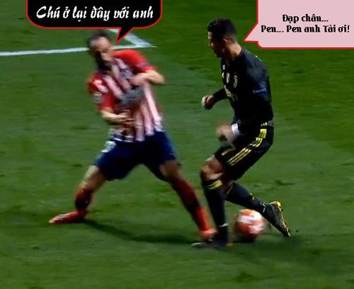Ronaldo gặp Diego Godin là tắt điện ngay.