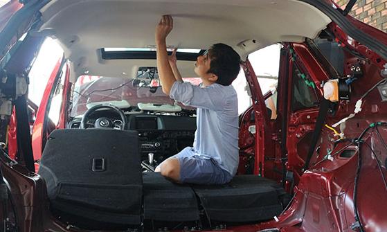 Cách chống ồn cho ôtô bình dân