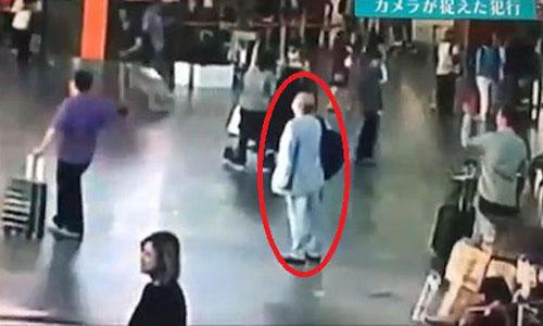 Hình ảnh người được cho là Kim Jong-nam tại sân bay Kuala Lumpur hôm 13/2/2017. Ảnh: Star.