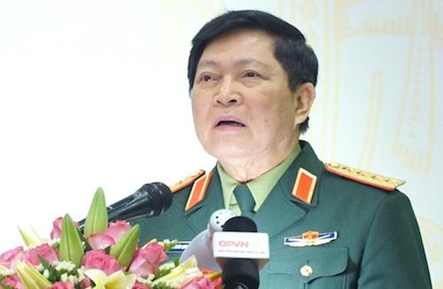 Đại tướng Ngô Xuân Lịch, Bộ trưởng Quốc phòng phát biểu tại buổi gặp gỡ báo chí chiều 22/2. Ảnh: Hoàng Thuỳ