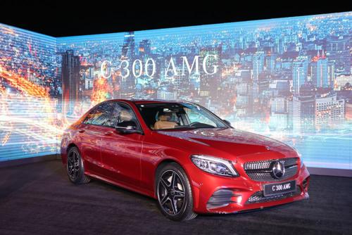 Phiên bản C300 của dòng Mercedes C-class 2019 ra mắt tại TP HCM hôm 21/2.