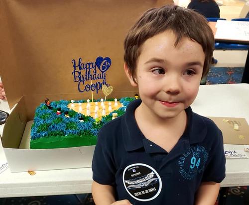 Cooper được tổ chức sinh nhật hai lần. Ảnh: Facebook Sở cảnh sát Port Royal