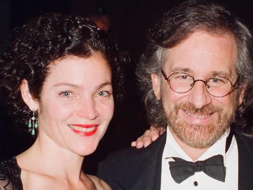 Steven Spielberg và Amy Irving.