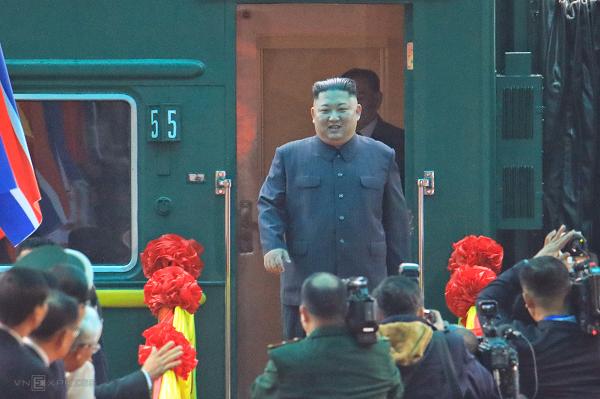 Kim-Jong-un-7-4142-1551145430.png