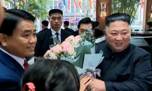 Chủ tịch Hà Nội chào đón ông Kim Jong-un tại khách sạn
