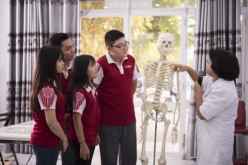 Sinh viên Đại học Quốc tế Hồng Bàng trong một tiết học.