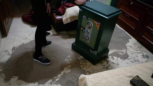 Chiếc két sắt được tên trộm nhắm đến...