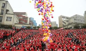 Học sinh khắp Trung Quốc đếm ngược 100 ngày trước kỳ thi đại học