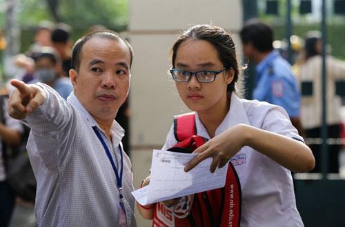 Thí sinh dự thi đánh giá năng lực năm 2018 tại cụm thi Đại học Khoa học Tự nhiên. Ảnh: Quỳnh Trần.