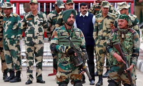 Lính Ấn Độ tại Kashmir ngày 2/3. Ảnh: AFP.
