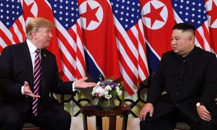 Chính sách 'ngoại giao một mình' của Trump khi họp thượng đỉnh với Kim Jong-un