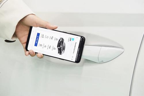 Hyundai Sonata thế hệ mới sẽ mở khóa qua điện thoại thông minh.