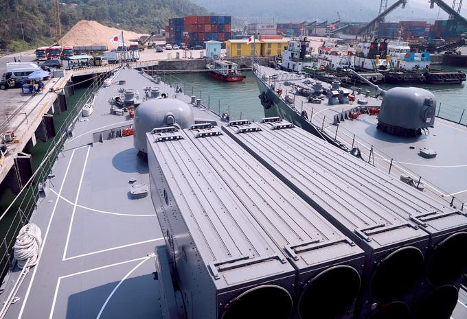 Khí tài hiện đại trên hai tàu chiến Nhật Bản đến Đà Nẵng