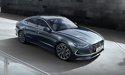 Hyundai Sonata thế hệ thứ 8thiết kế thay đổi toàn bộ. Ảnh: Hyundai